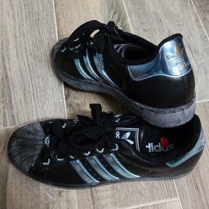 adidas superstar black lenticular